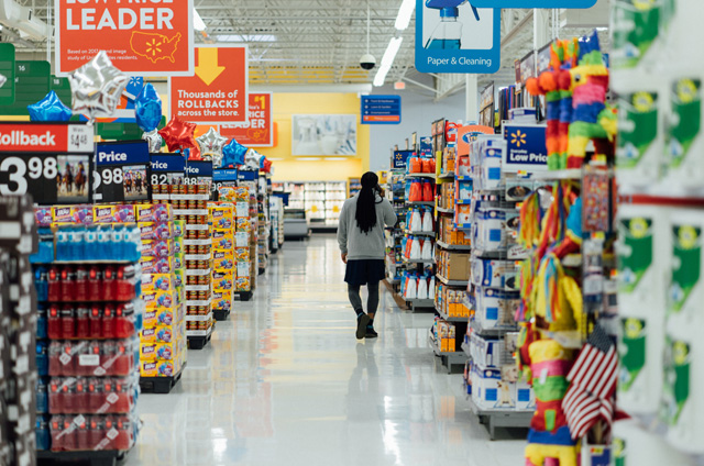 4 Tips for Operating a Large Retail Space